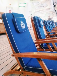 on deck Queen Mary 2 deck chairs